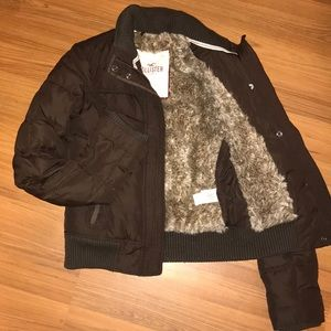 HOLLISTER Winter Coat size Small